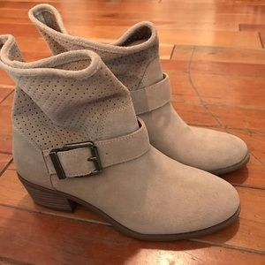 🆕 NWOT Leather Booties by Solé Society